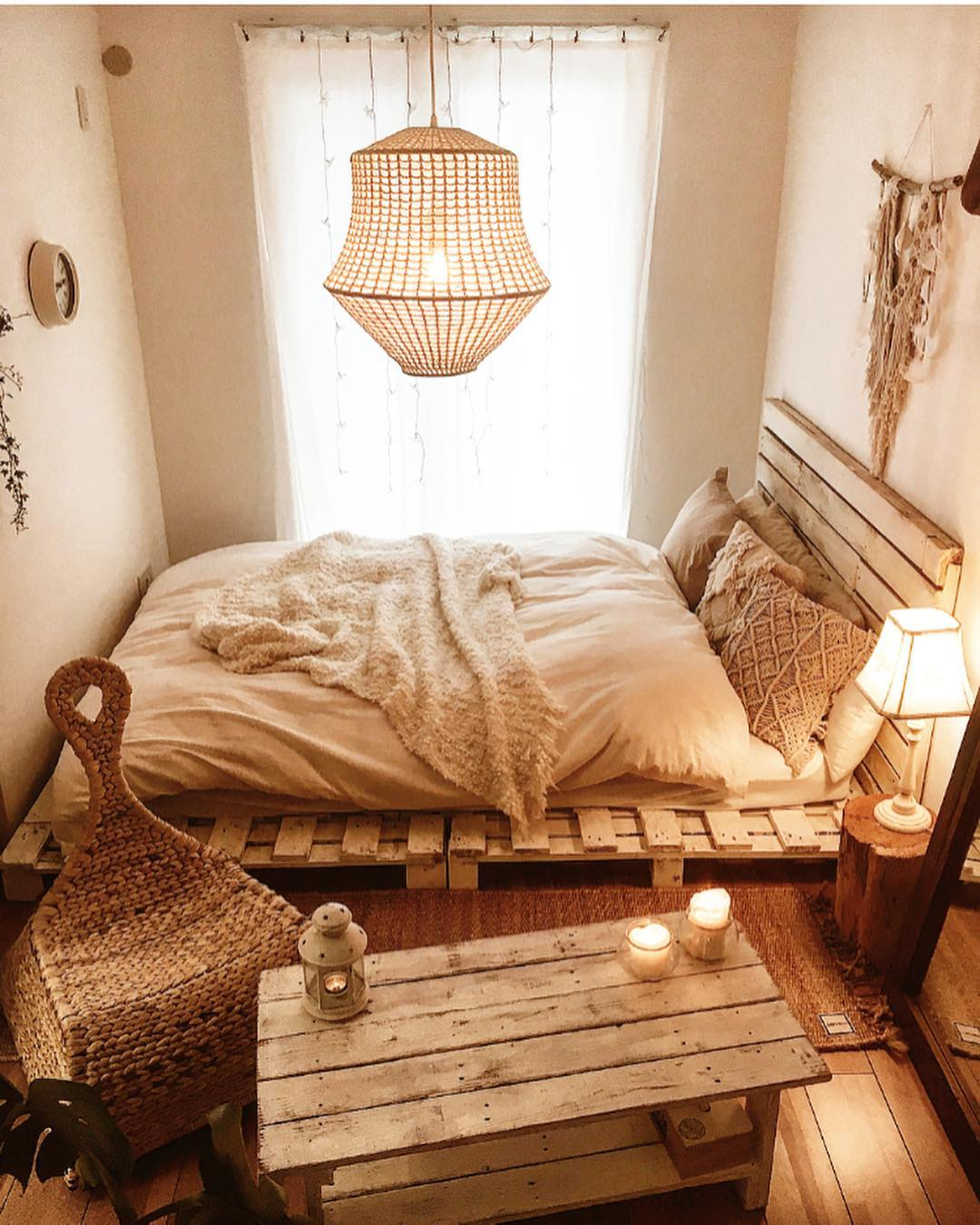 「すのこ」のベッド