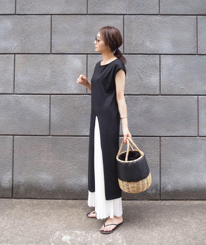 モノトーンファッションのティキーズコーデ