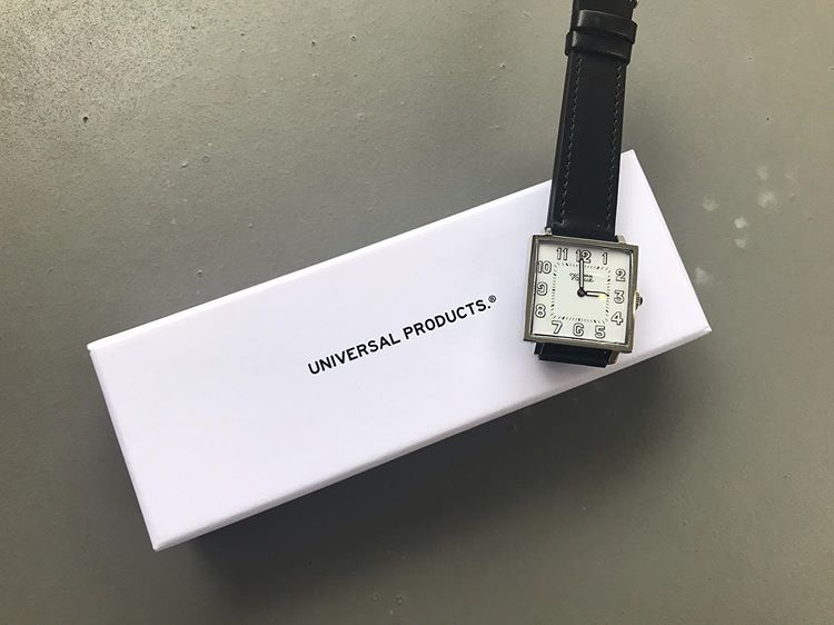 『UNIVERSAL PRODUCTS』×『VAGUE WATCH』の腕時計