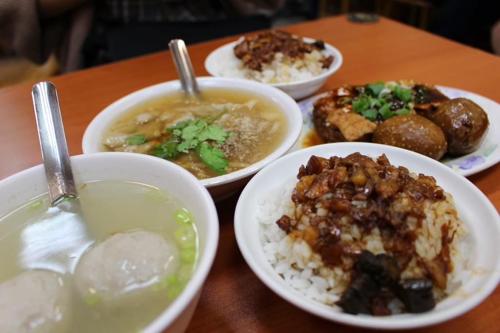 【2019年10月台湾女2人旅④】台北『黄記魯肉飯』でサイトウ最愛台湾グルメ・魯肉飯を満喫。
