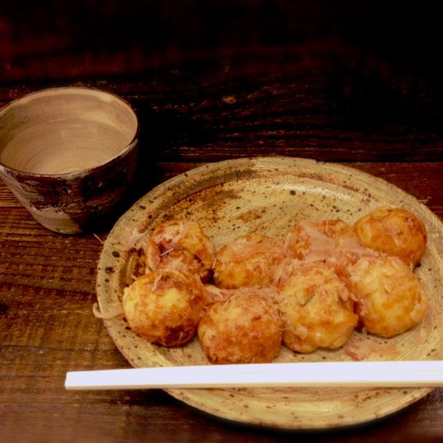"""記憶に残る浪花のたこ焼き。十三の『大阪イギー』で、たこ焼きの""""意義""""を再確認。"""