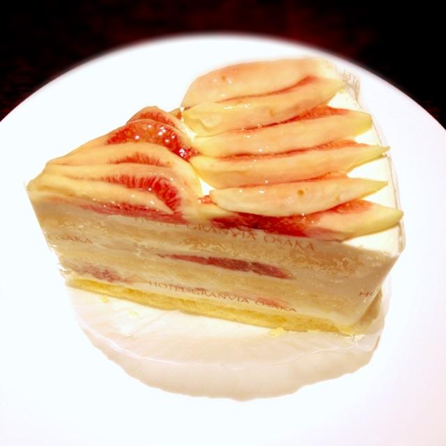 羽曳野産いちじくケーキが想像を絶する美味だった件。