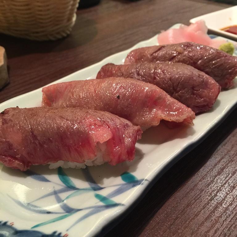 肉の日ということで、梅田『肉屋の肉バル TAJIMAYA』で肉にまみれてきた。
