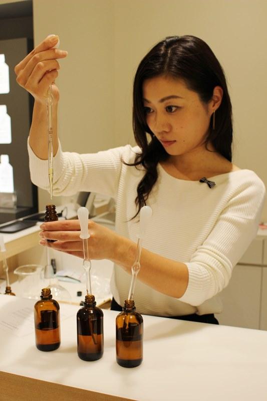 12/8オープンの『@aroma グランフロント大阪店』で24時間かいでいたい香りと出会った。