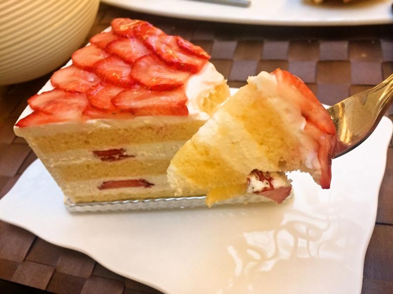 1Fケーキあげ