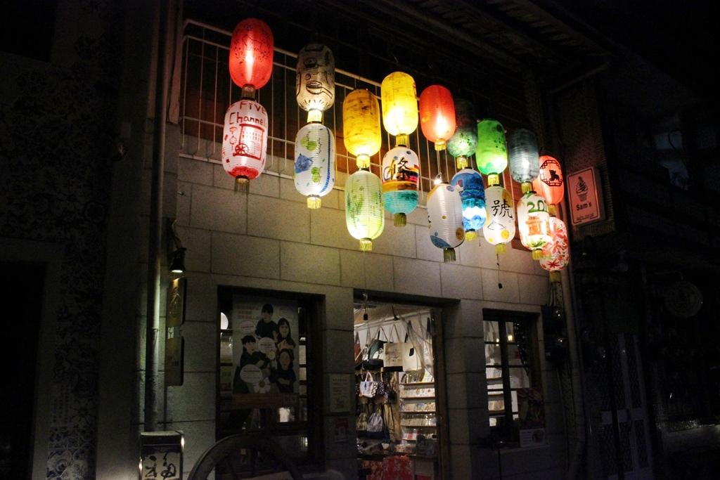 【2019年4月台湾1人旅⑤】夜の神農街はノスタルジック。『五條港行號』で台湾雑貨チェック。