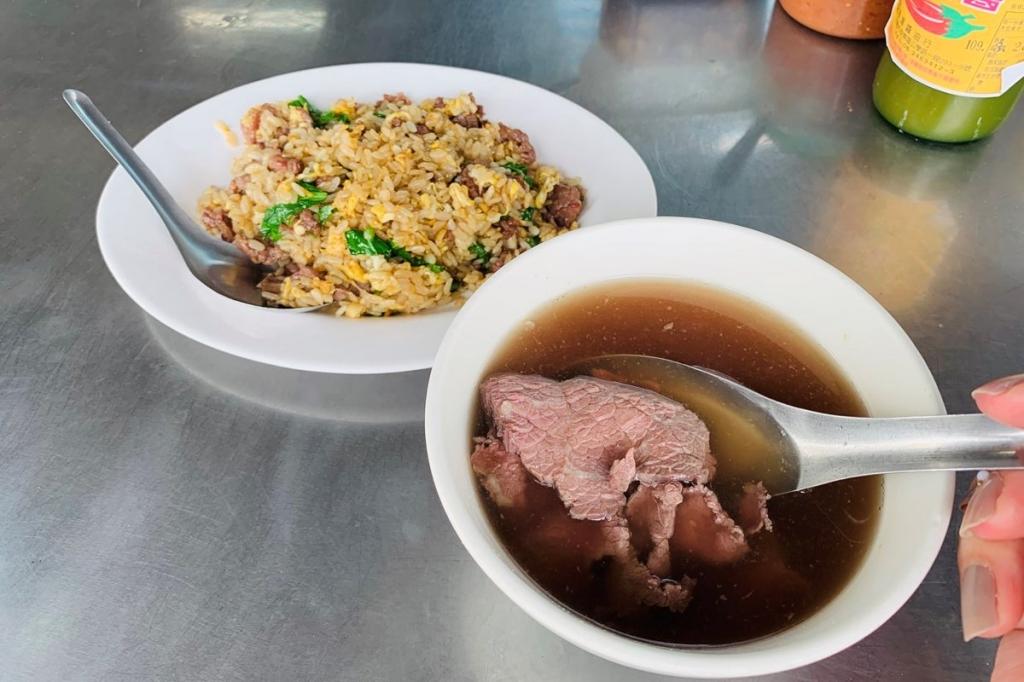 【2019年4月台湾1人旅㉔】台南有数の人気店『文章牛肉湯』で食欲爆発。