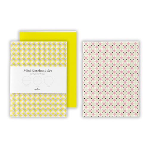 罫線の種類や表紙のデザインでさまざまな組み合わせの3冊セット「ノートブックセット」(140×105mm・32頁・399円)