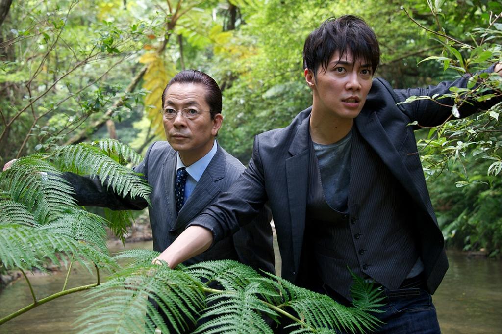 映画『相棒 -劇場版Ⅲ- 巨大密室!特命係 絶海の孤島へ』
