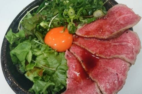 【第3週に出店】「ホンマは1480円で食べて欲しいローストビーフ丼 肉汁祭ver」(大阪府大阪市/『浪花焼肉 肉タレ屋』)
