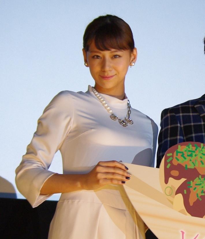 映画『レインツリーの国』舞台挨拶(大阪)に、主演の玉森裕太(Kis-My-Ft2)、西内まりやが登壇!