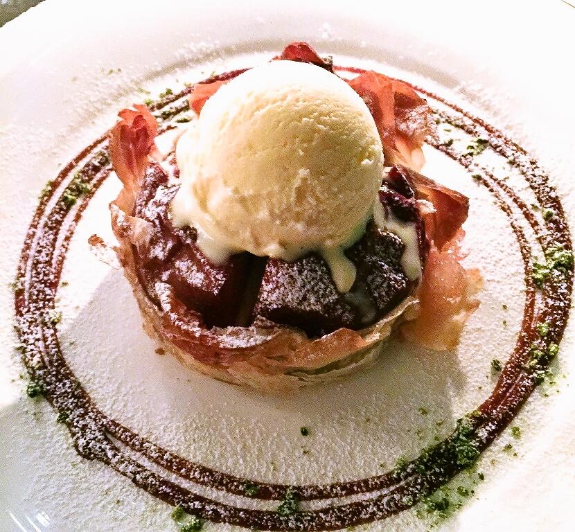 寒い冬にピッタリなホットデザートが登場! 「ウェスティンホテル大阪特製 まるごと焼リンゴ」