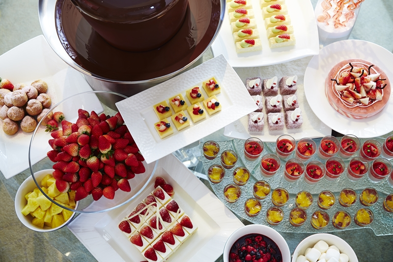 甘酸っぱい味わいと爽やかな香りに心が弾む♪ 『ハイアット リージェンシー 大阪』のいちごフェア「ストロベリー デライト」