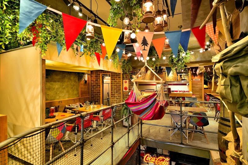 大ボリューム&オシャレな肉メニューでグランピング気分!カフェ&ディナー『Meat Camp(ミートキャンプ)』、梅田のど真ん中に8/23(水)オープン