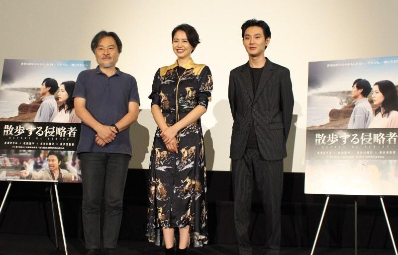 長澤まさみ、怒る演技に「体力使って、もうヘロヘロでした」。映画『散歩する侵略者』舞台挨拶(大阪)に、共演の松田龍平と登壇