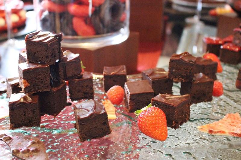 「ストロベリーチョコレートブラウニー」