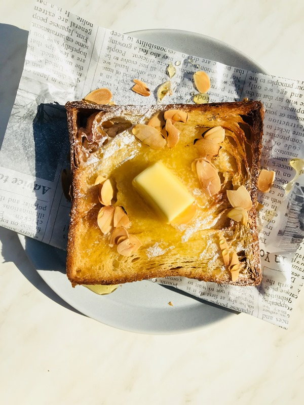 「厳選した発酵バターとメープルシロップ」(480円)