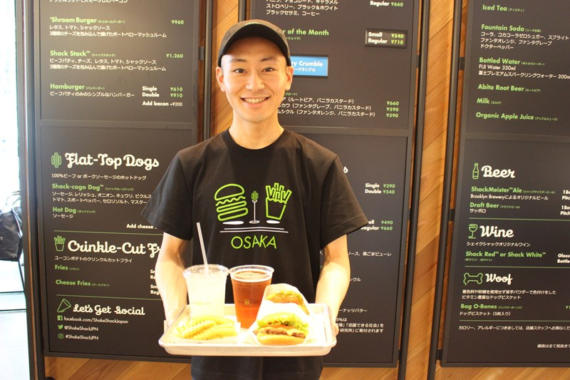 N.Y.発!話題の行列バーガー店『Shake Shack(シェイク シャック)』が、6/1(金)、ついに大阪・梅田に初上陸!