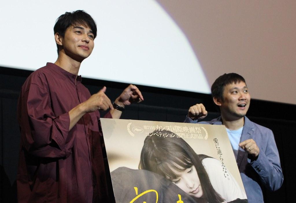 スリリングな展開が観る者に衝撃と共感を与える! 映画『寝ても覚めても』舞台挨拶(大阪)レポート