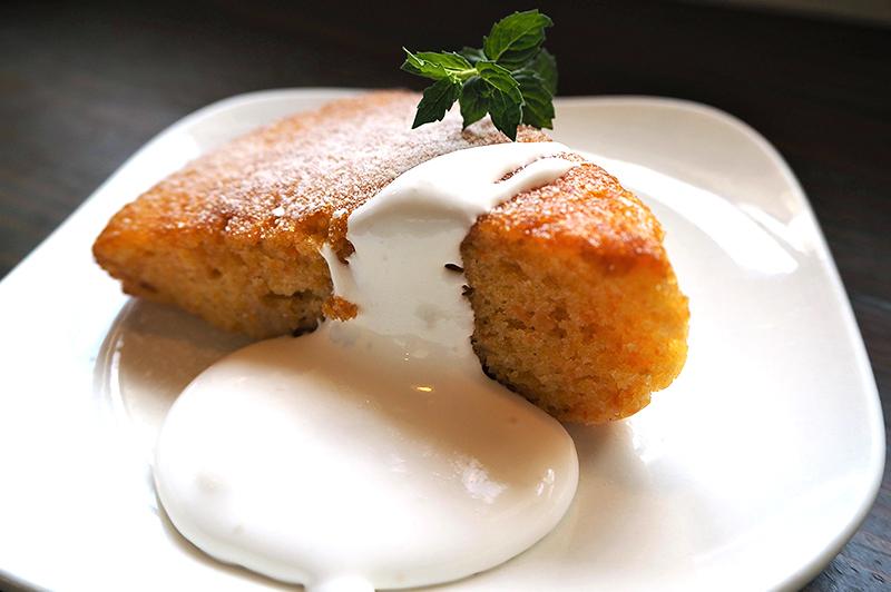 自家製キャロットケーキ