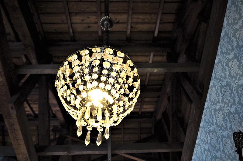 アンチエイジングカフェ ageの開放的な天井