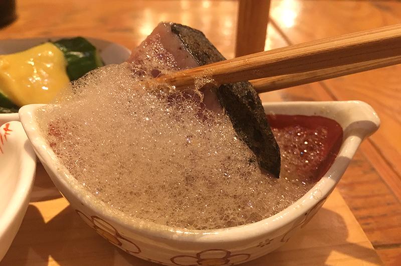 頂鯛のお刺身に泡上のポン酢