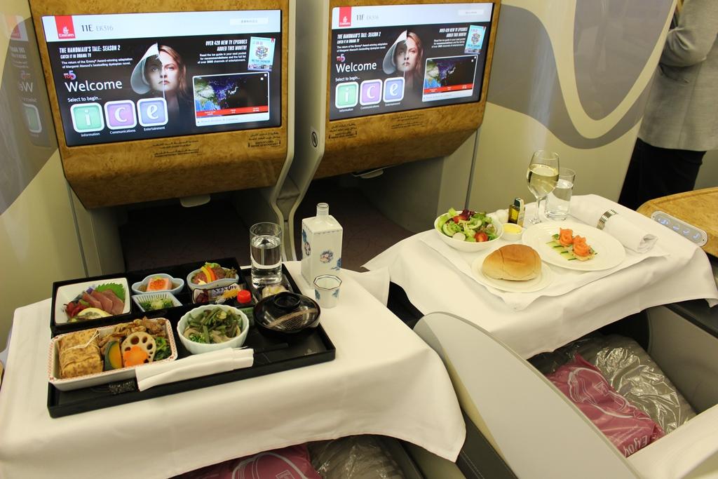 機内 ビジネス 機内食