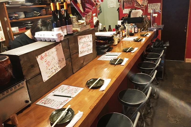 肉の寿司×焼鳥 okitayaのカウンター席