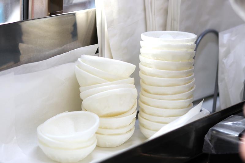 アイスモナカの容器