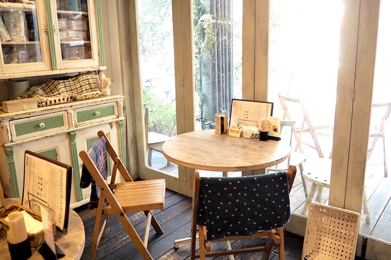 パプリカ食堂のテラス席