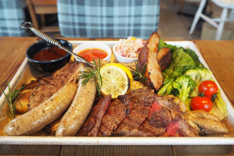 大阪城のお膝元『good spoon 大阪ジョーテラス店』で、BBQや厳選肉グリルを主役に肉料理の良さを味わい尽くす女子会を