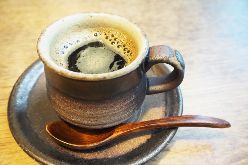陶芸作家によるコーヒーカップ