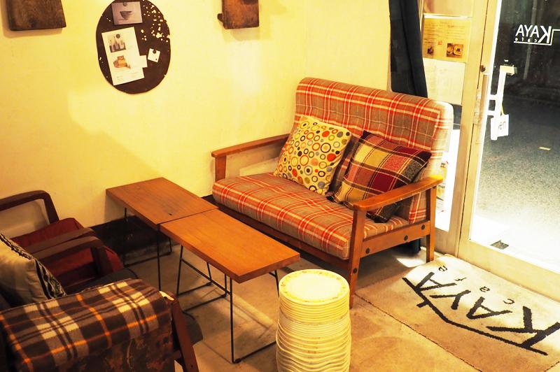 KAYA cafeのソファ席