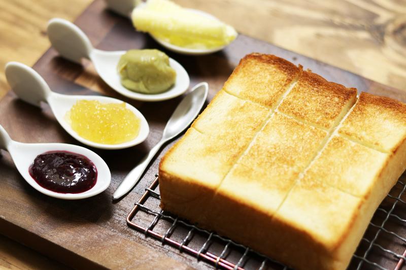 大阪に住んでてよかったー!売り切れ続出『嵜本』の高級食パン、関西人ならぜひ買うべし