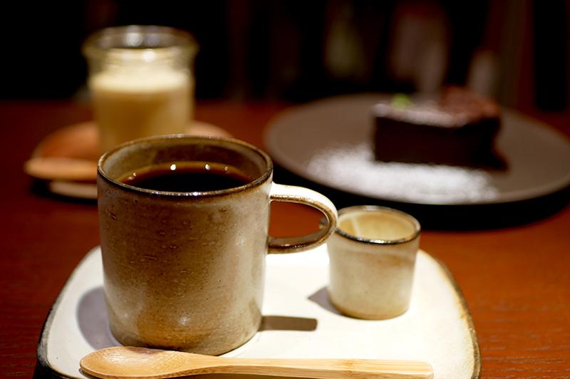 地元の方に愛される、中津の隠れ家コーヒー店『42195 COFFEE』。懐かしメニューを味わって、ゆったりとしたひと時を