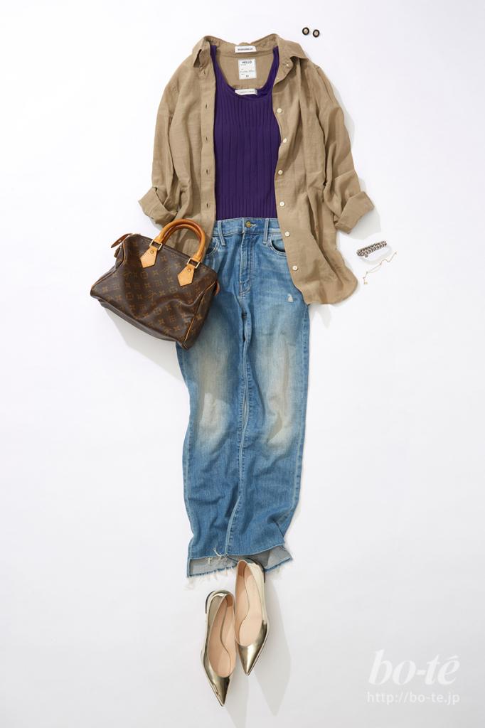 ミリタリーシャツとデニムパンツのコーディネート