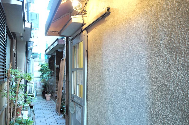 ミントグリーンの入口