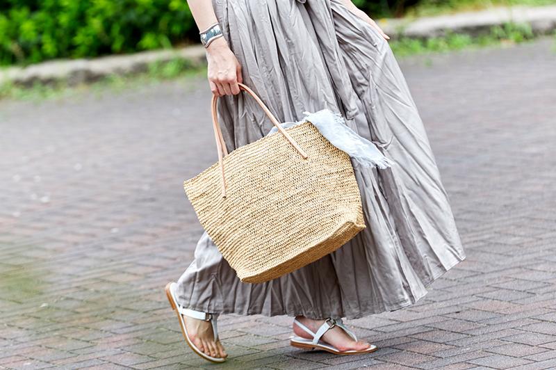 カゴバッグを持って夏デート♪かしこい大人の可愛い&爽やかコーデ術