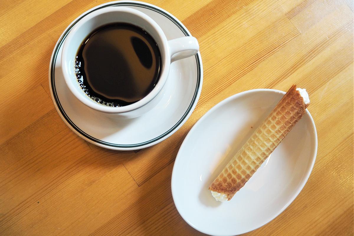 カンノーロとコーヒー