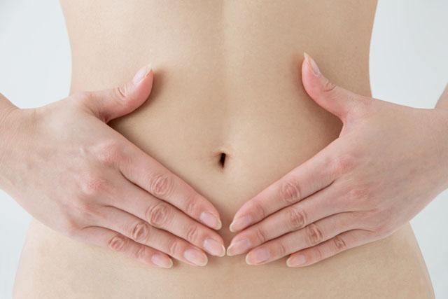 女性の下腹部