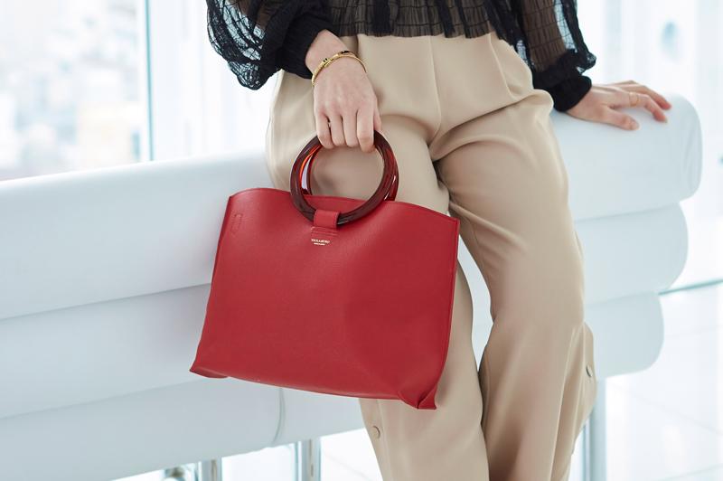 『ヴィオラドーロ』でトレンドをゲット!大人女子に似合うバッグを探そう