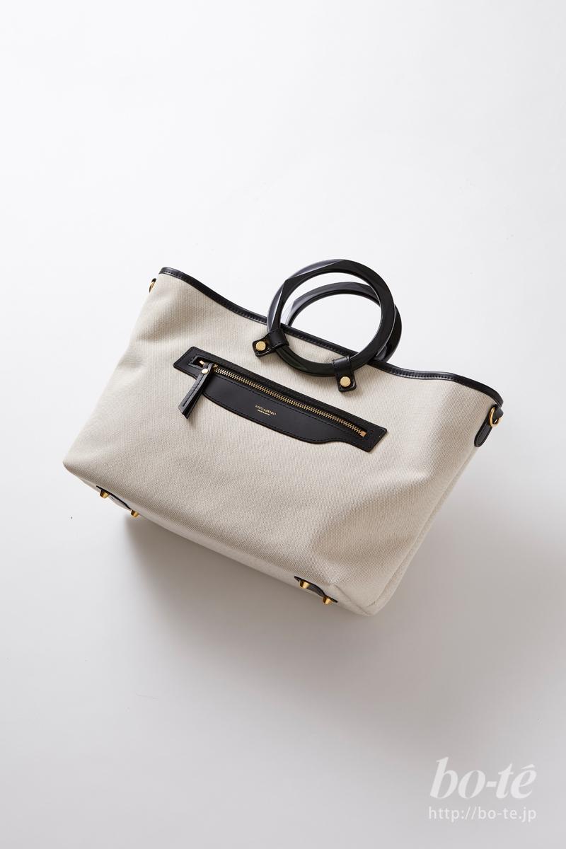 ヴィオラドーロのプラリングハンドルキャンバスバッグ