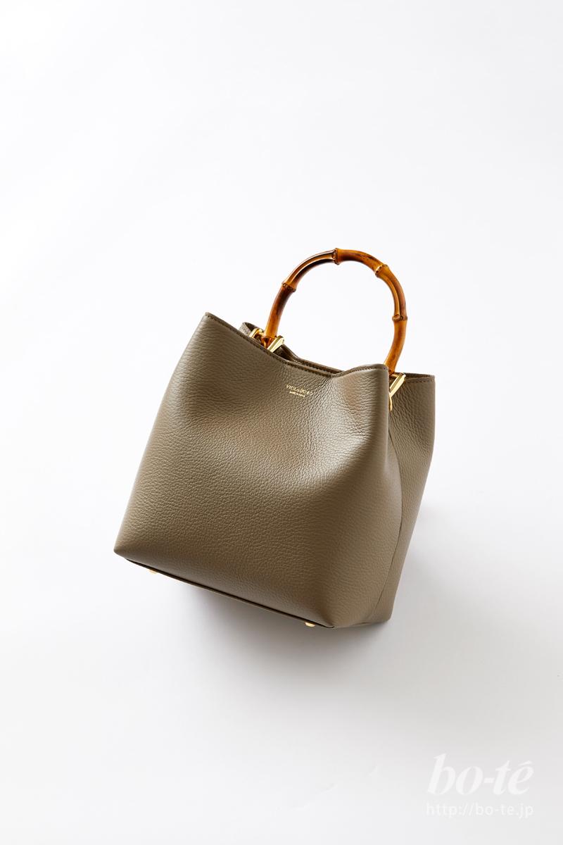 ヴィオラドーロのレザーバッグ