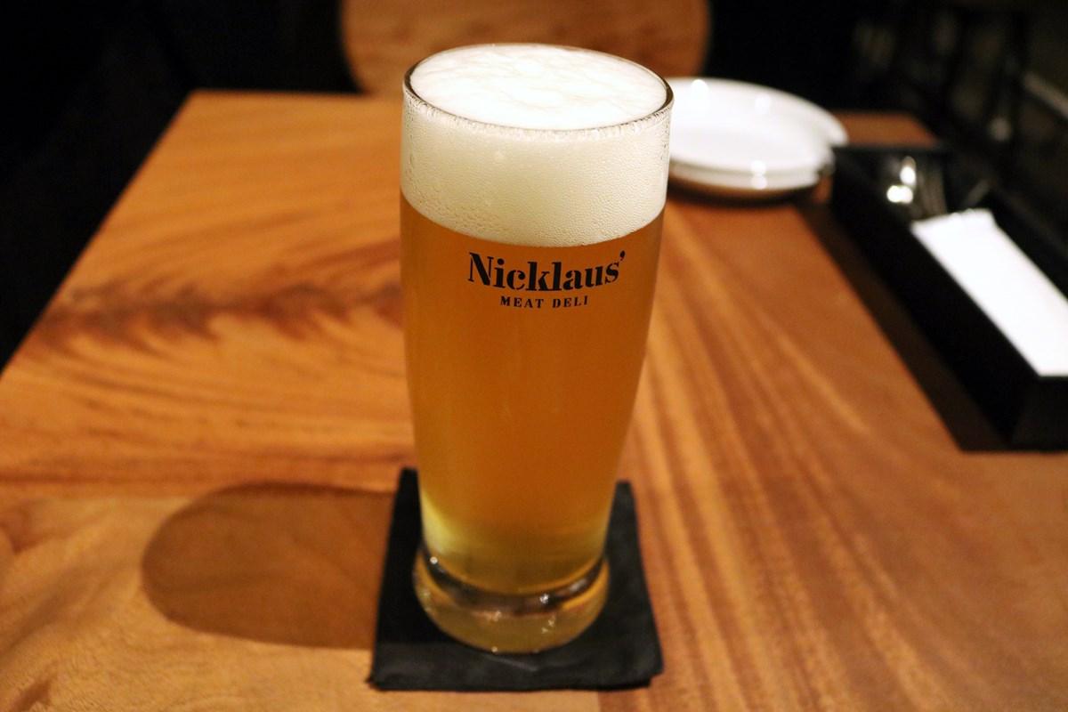 「オリジナルクラフトビール」(グラスレギュラー・980円、ハーフ・580円)