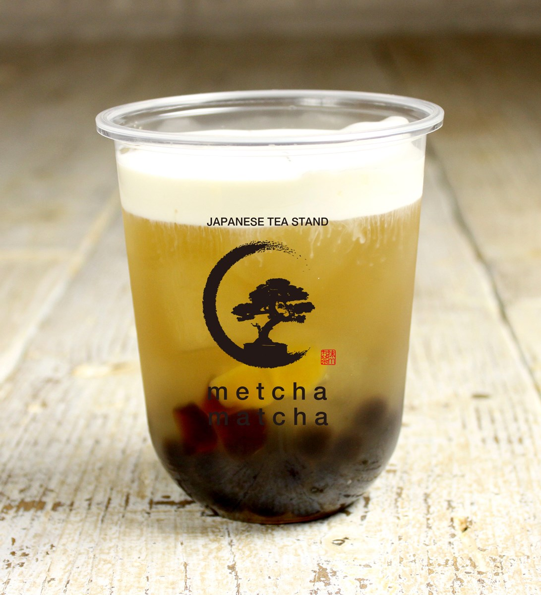 「ピーチ緑茶チーズミルクフォーム」(黒糖わらび餅タピオカ入・600円)