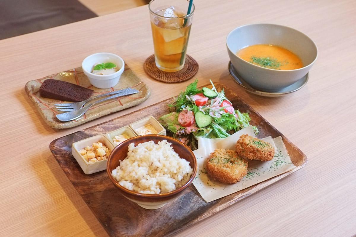 【嵐山】自分好みのチョイスでランチセットをつくろう!『Soup Dining PanBoo(スープ…