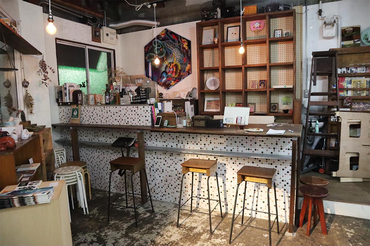 【天満】『大阪天満宮』近くで気軽にアートを楽しめるギャラリー&カフェ『サロンモザイク』