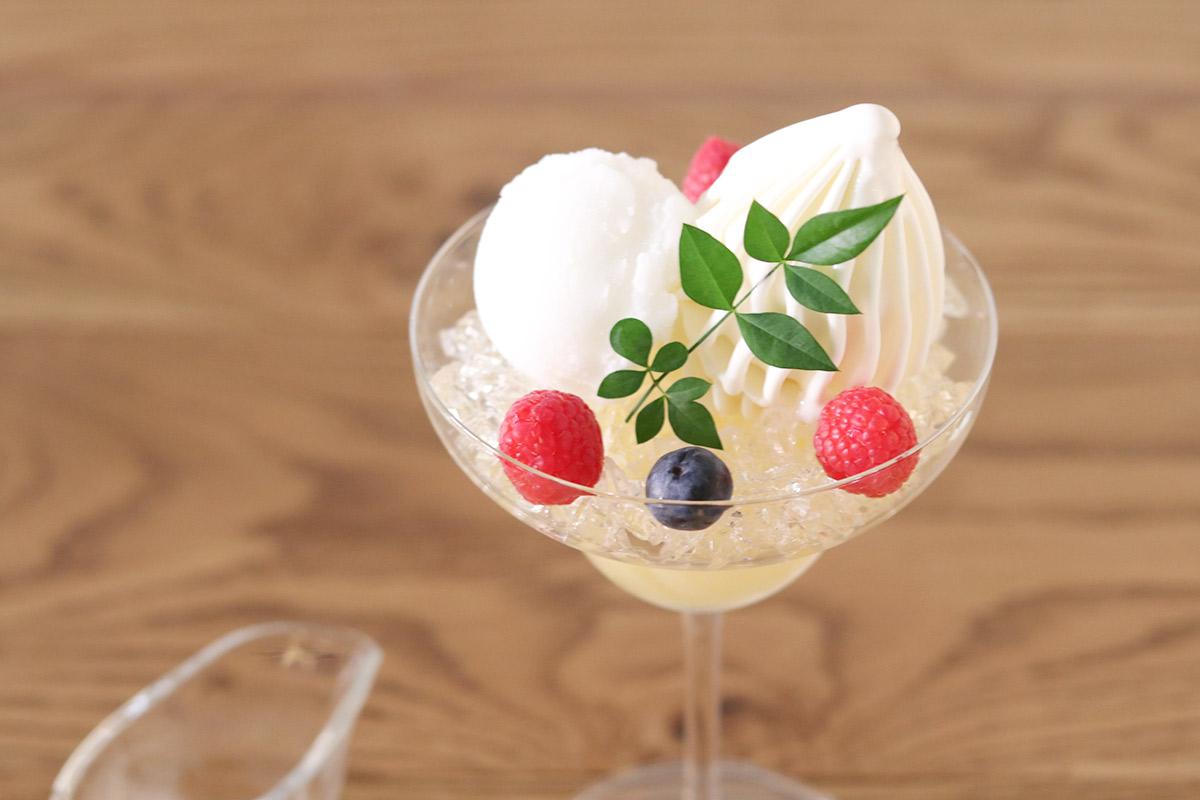 日本酒NONのパフェのアップ