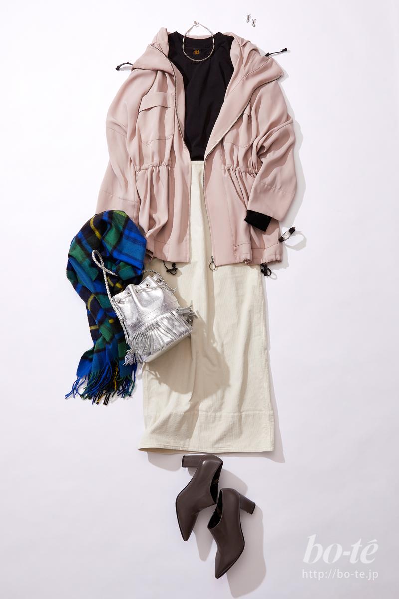 《ロングスカート》にレザーシューズで添えるきちんと感