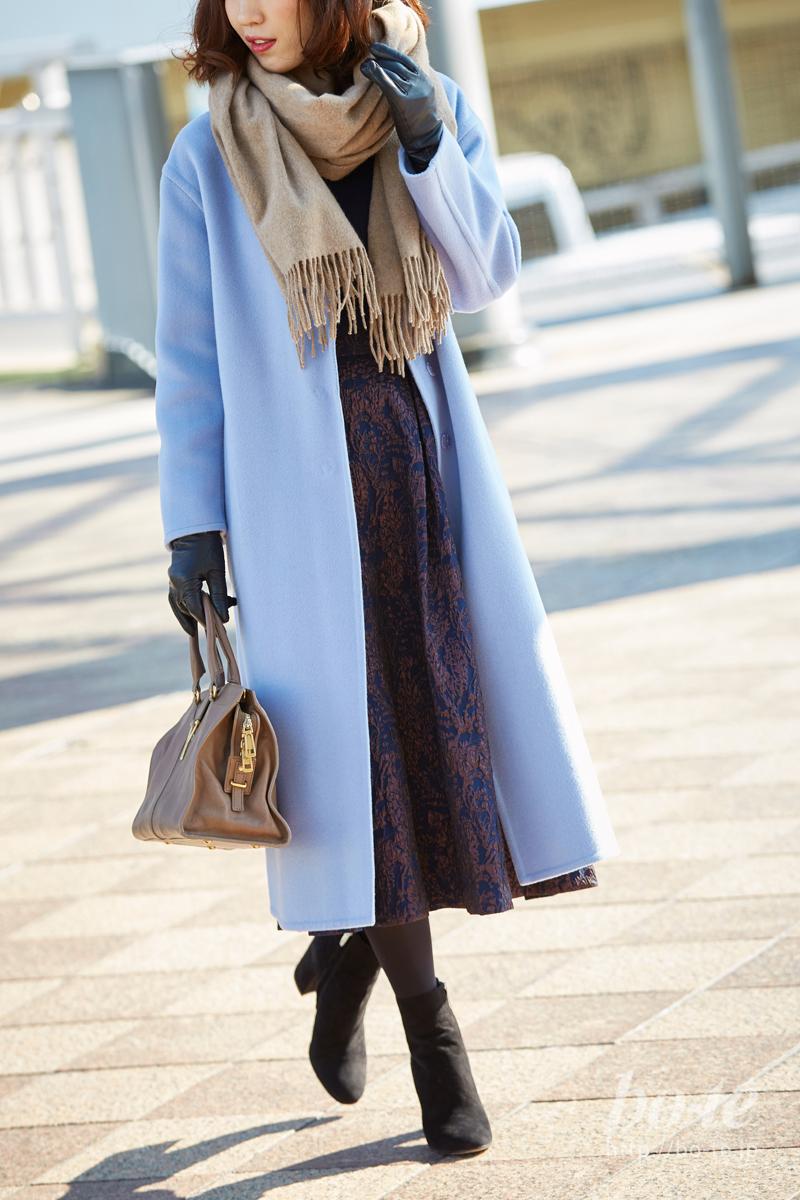 オフィス帰りは長め丈のコートでバッチリ防寒